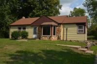W220N9506 Town Line Rd, Menomonee Falls, WI 53051