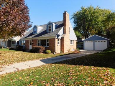 622 Elm St, Hartford, WI 53027