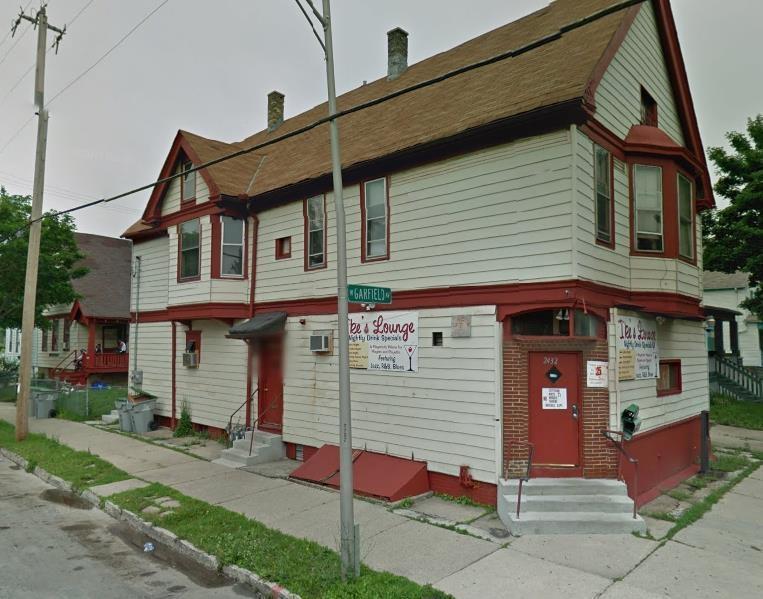 2432 W Garfield Ave, Milwaukee, WI 53205