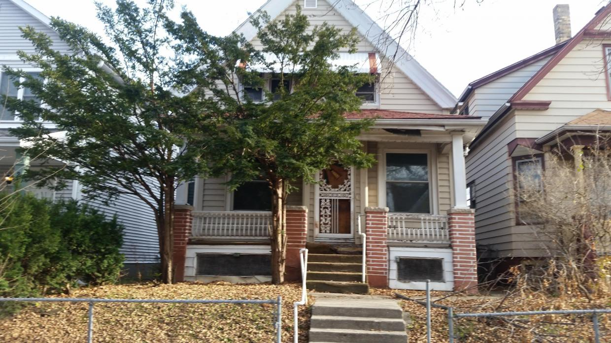 2958 N 18th St, Milwaukee, WI 53206