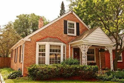 Photo of 2217 W Arbor Ave, Glendale, WI 53209