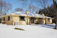 11016 N Balsam Tree Ct, Mequon, WI 53092