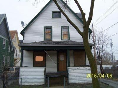 Photo of 1644 N 32nd St, Milwaukee, WI 53208