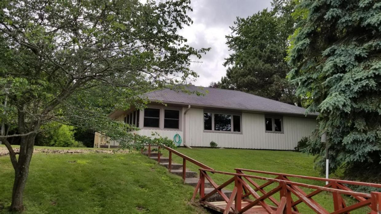 N189 Surfside Dr, Holland, WI 53013