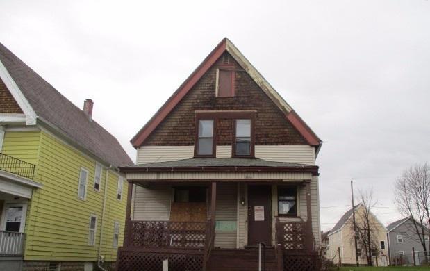 2009 N 38th St, Milwaukee, WI 53208