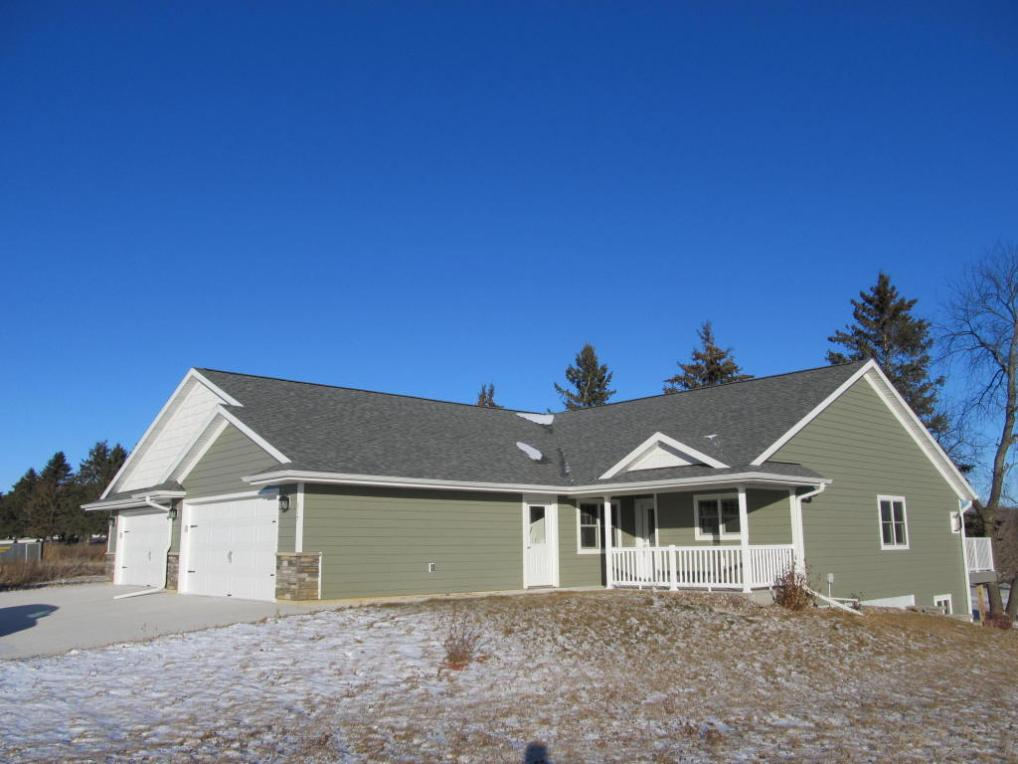 317 16th Fairway Cir, Viroqua, WI 54665