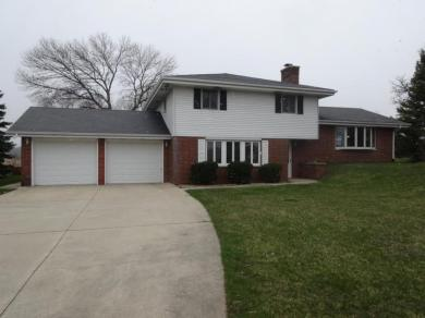1708 N Colony Ave, Yorkville, WI 53182
