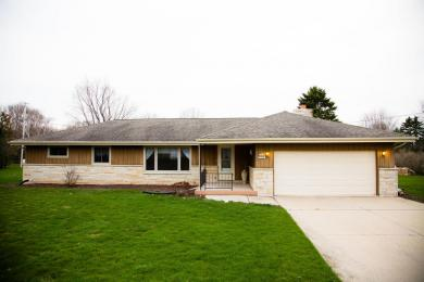 W206N13581 Woodside Ln, Germantown, WI 53076