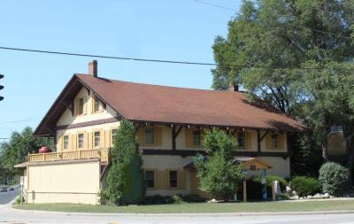 Photo of 10401 N Cedarburg Rd, Mequon, WI 53092