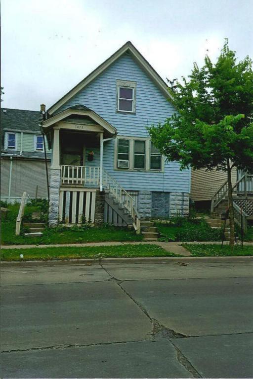 3072 N Richards St, Milwaukee, WI 53212