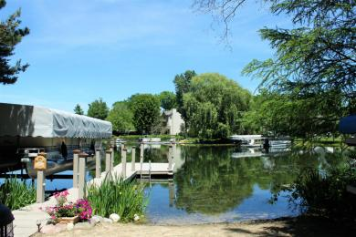 5510 Point Dr, West Bend, WI 53095