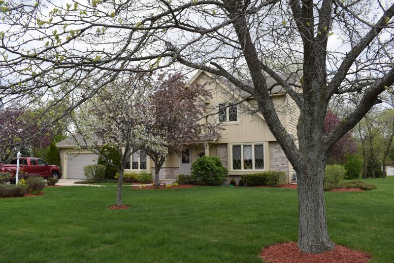 Charming Tudor Available in New Berlin WI!