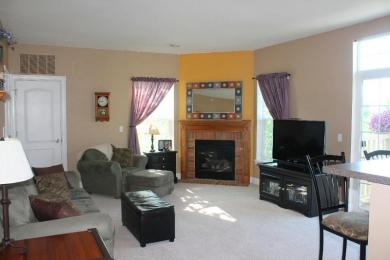 W206N16737 Blackberry Cir, Jackson, WI 53037