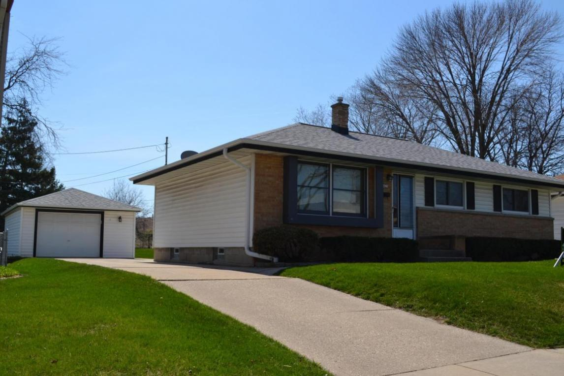 meet cudahy singles Sold - 5702 s swift ave, cudahy, wi - $91,000 view details, map and photos of this single family property with 1 bedrooms and 1 total baths mls# 1581195.