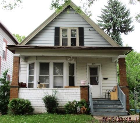 2010 S 7th St, Milwaukee, WI 53204