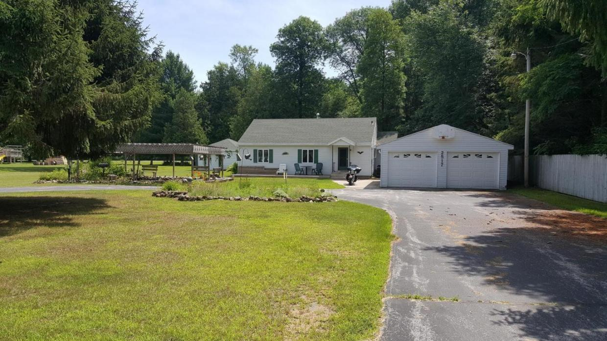 2517 County Road O, Two Rivers, WI 54241