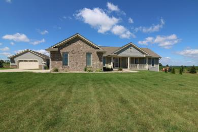 W188N13861 Maple Rd, Germantown, WI 53076