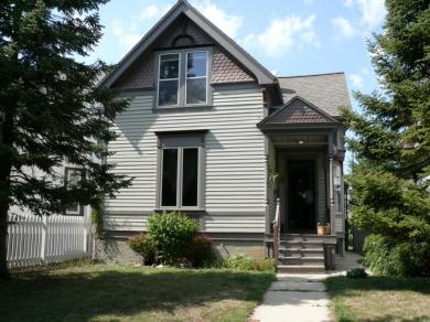 522 E Otjen St, Milwaukee, WI 53207