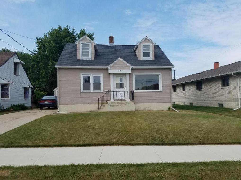 2504 16th St, Two Rivers, WI 54241