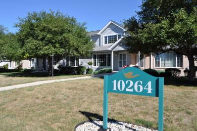 10264 W Whitnall Edge Circle, Franklin, WI 53132