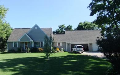3441 Bark Lake Rd, Richfield, WI 53033
