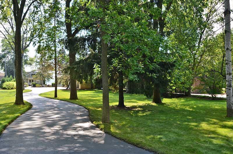 3472 Lake Dr, Hartford, WI 53027
