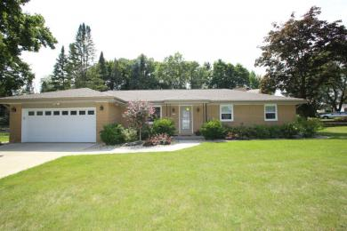 2621 S Seymour, West Allis, WI 53227