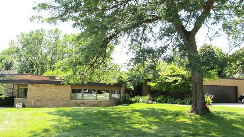623 Mayflower Ave, Sheboygan, WI 53083