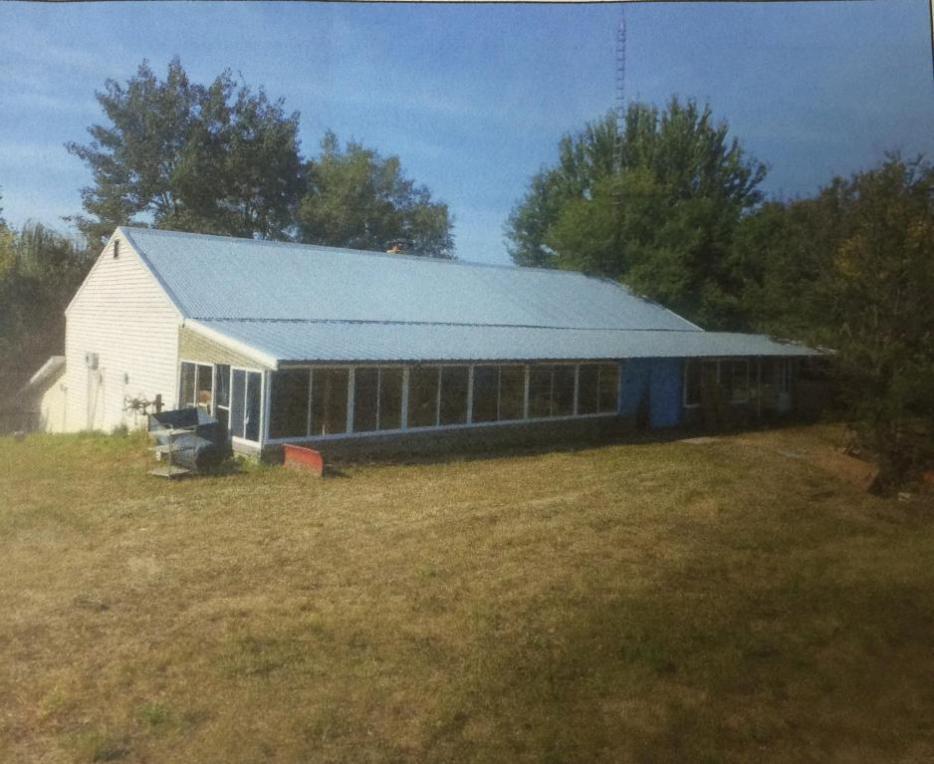 W6097 Nemitz Rd, Mauston, WI 53948