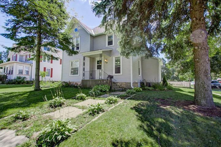 19 S 6th St, Fort Atkinson, WI 53538