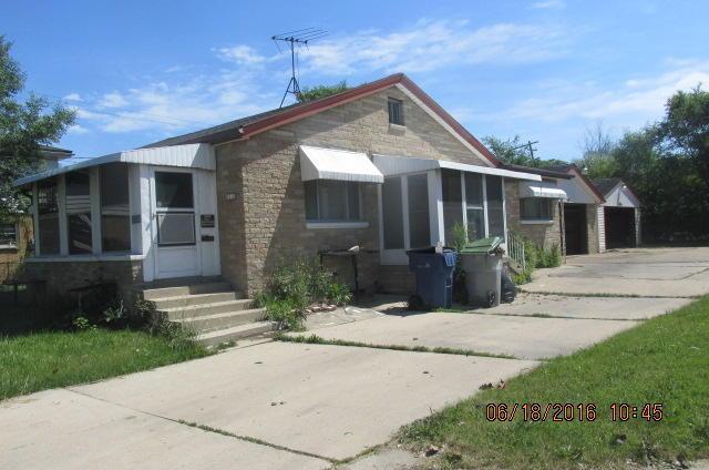 6218 N 91st St, Milwaukee, WI 53225
