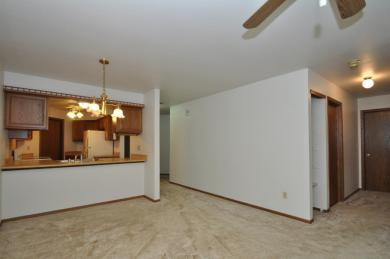 508 S Rochester St, Mukwonago, WI 53149