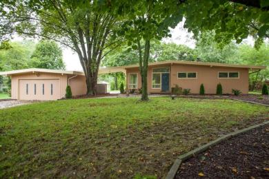 3325 Wilshire Rd, Brookfield, WI 53045