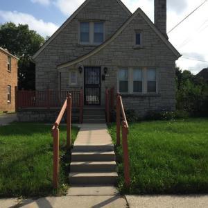 1229 W Olive Street, Milwaukee, WI 53209