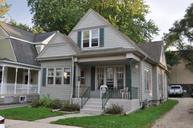 233 Chestnut St, Burlington, WI 53105