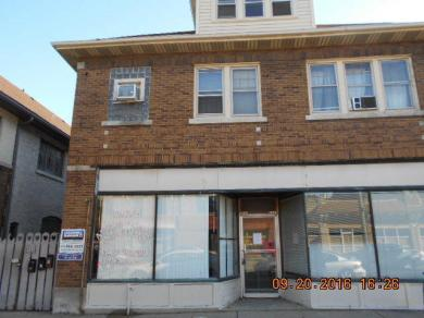5517 W North Ave, Milwaukee, WI 53208