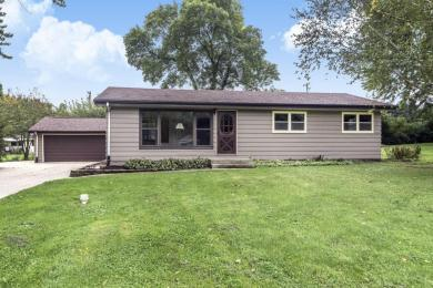 W119 Belleview Ave, Ixonia, WI 53066