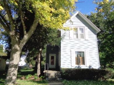 516 Kenosha St, Walworth, WI 53184