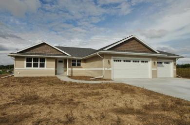 303 Moraine Dr, Elkhart Lake, WI 53020