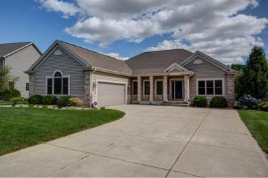 S69W19047 Kenwood Dr, Muskego, WI 53150