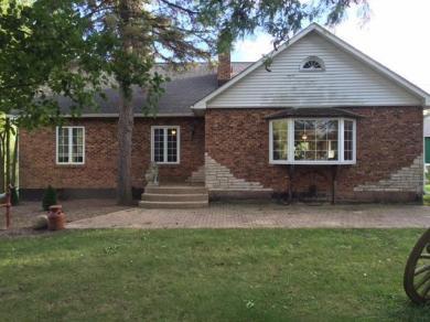 W5557 County Rd B, Walworth, WI 53184