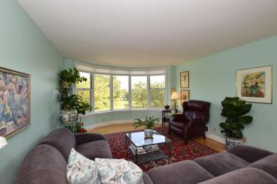 2525 S Shore Dr., Milwaukee, WI 53207