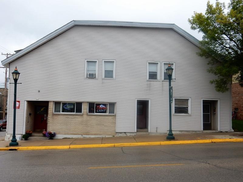 301 N Main St, Hartford, WI 53027