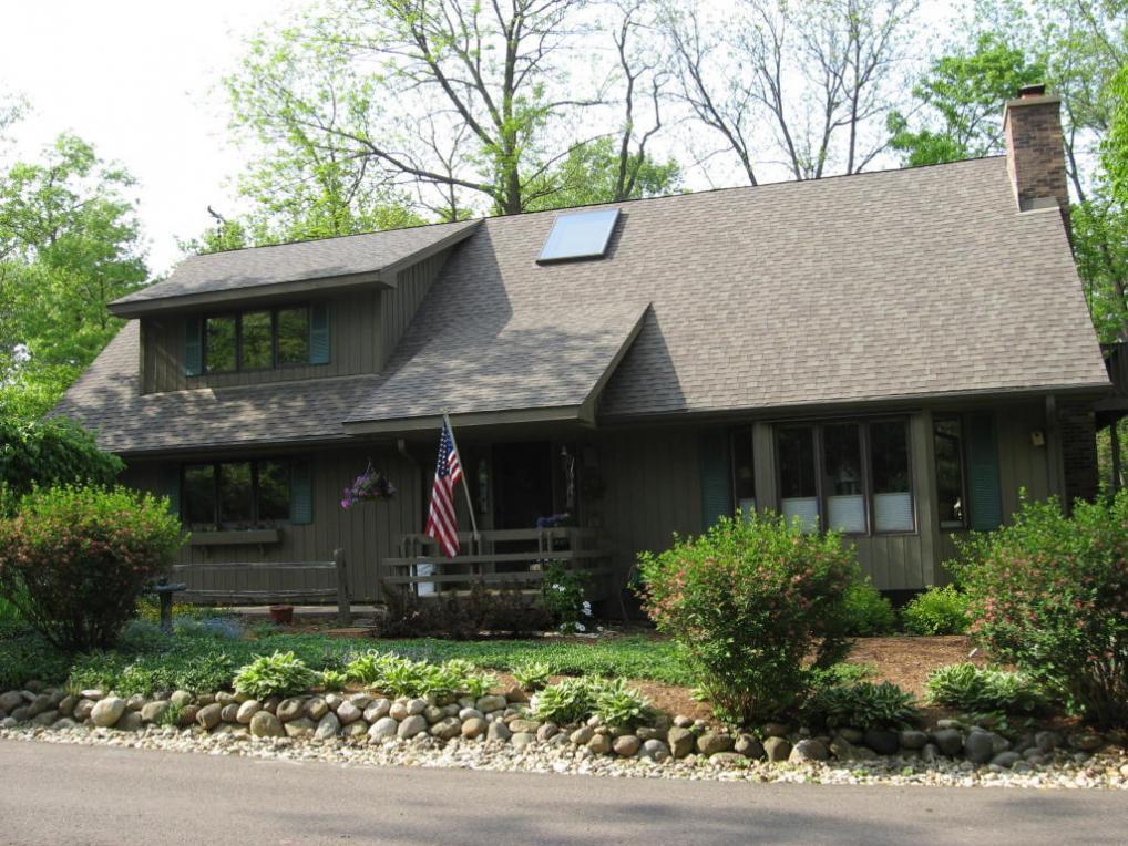 167 Abbey Springs Dr, Fontana, WI 53125