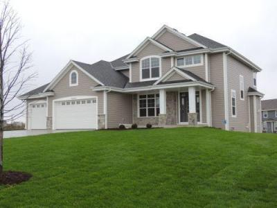 Photo of W236N7272 Meadow Ct, Sussex, WI 53089