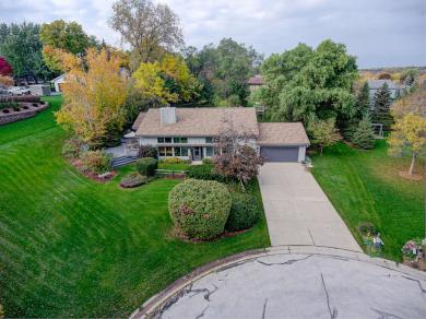 15410 St Therese Blvd, Brookfield, WI 53005