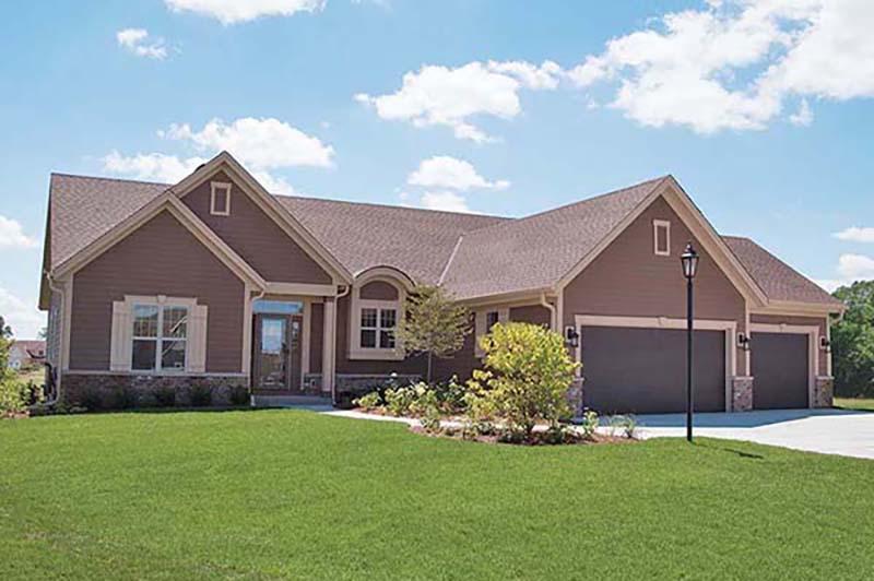 W137N6142 Weyer Farm Ct, Menomonee Falls, WI 53051