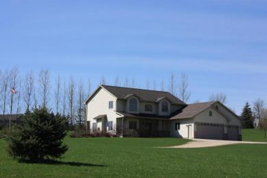 5673 Deer Wood Ln, Wayne, WI 53010