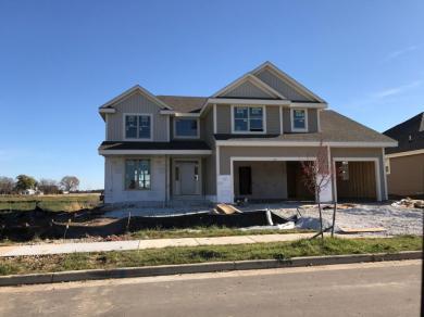 1461 Prairie Creek Blvd, Oconomowoc, WI 53066