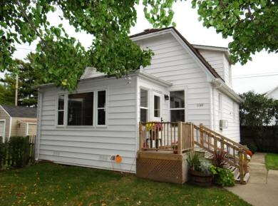 1529 Rosalind Ave, Mount Pleasant, WI 53403
